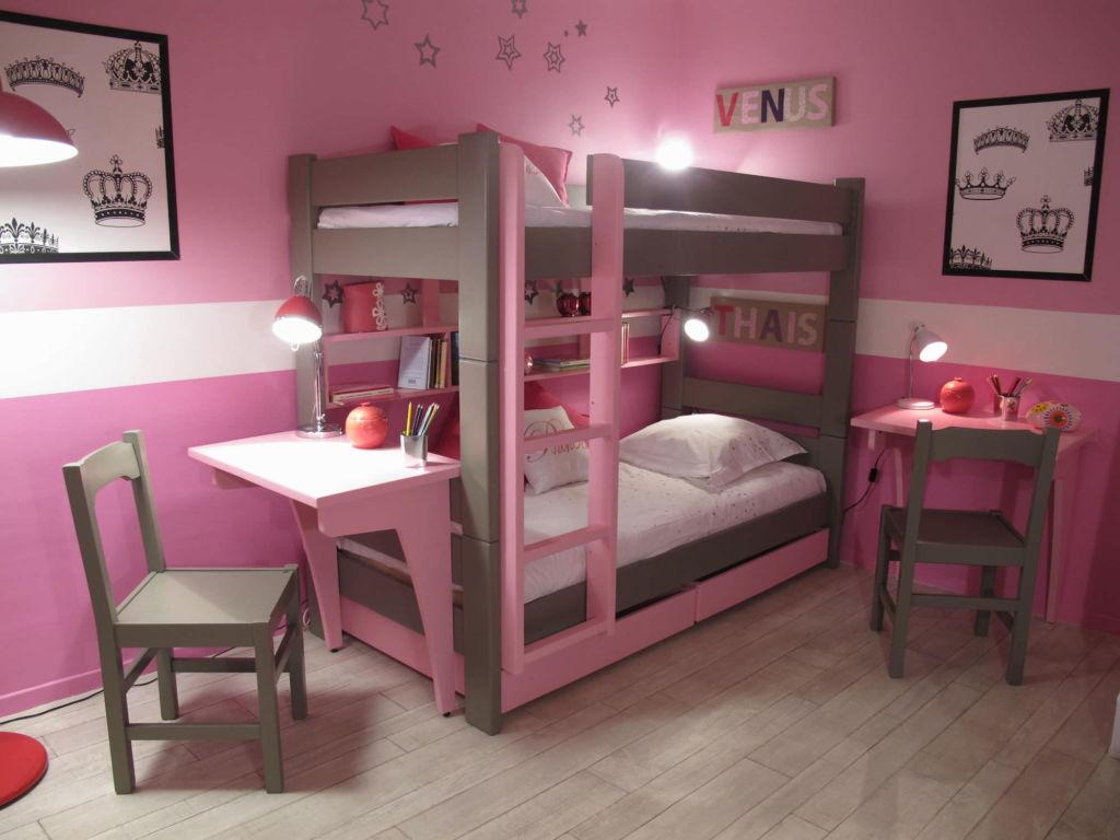 Спальня в розовой гамме