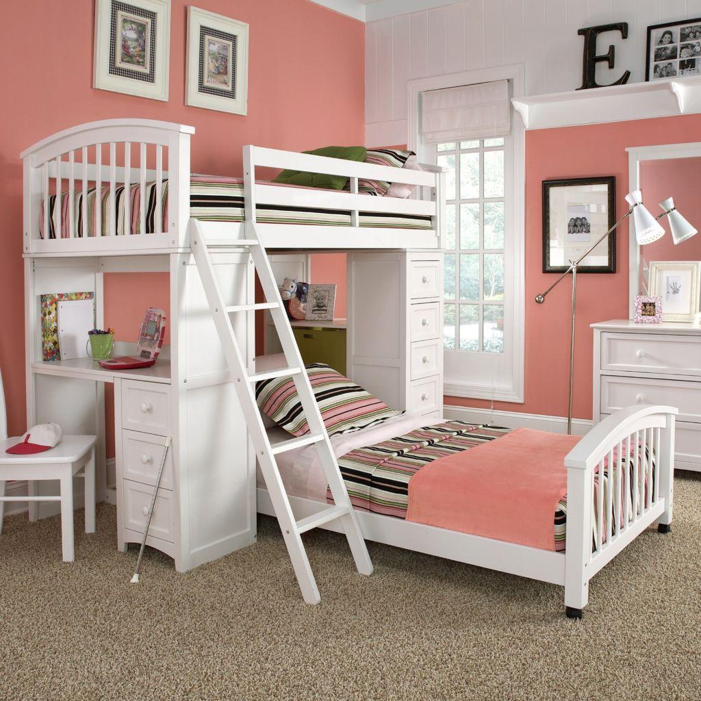 Спальня для девочек с двухъярусной кроватью