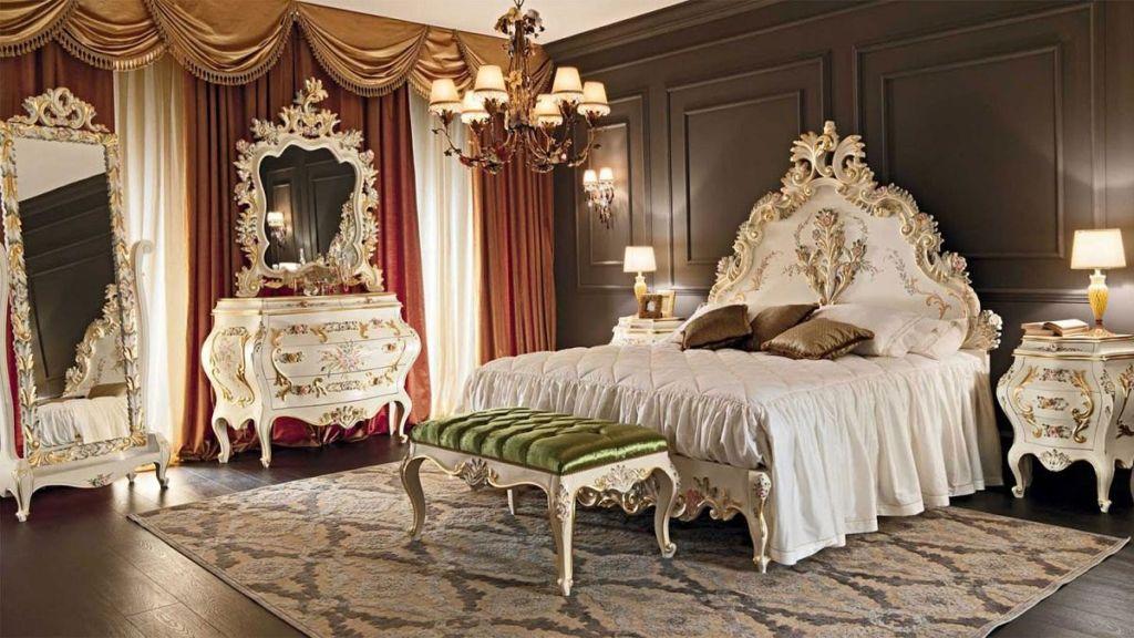 Спальня в стиле барокко отичается роскошью и монуменатльностью