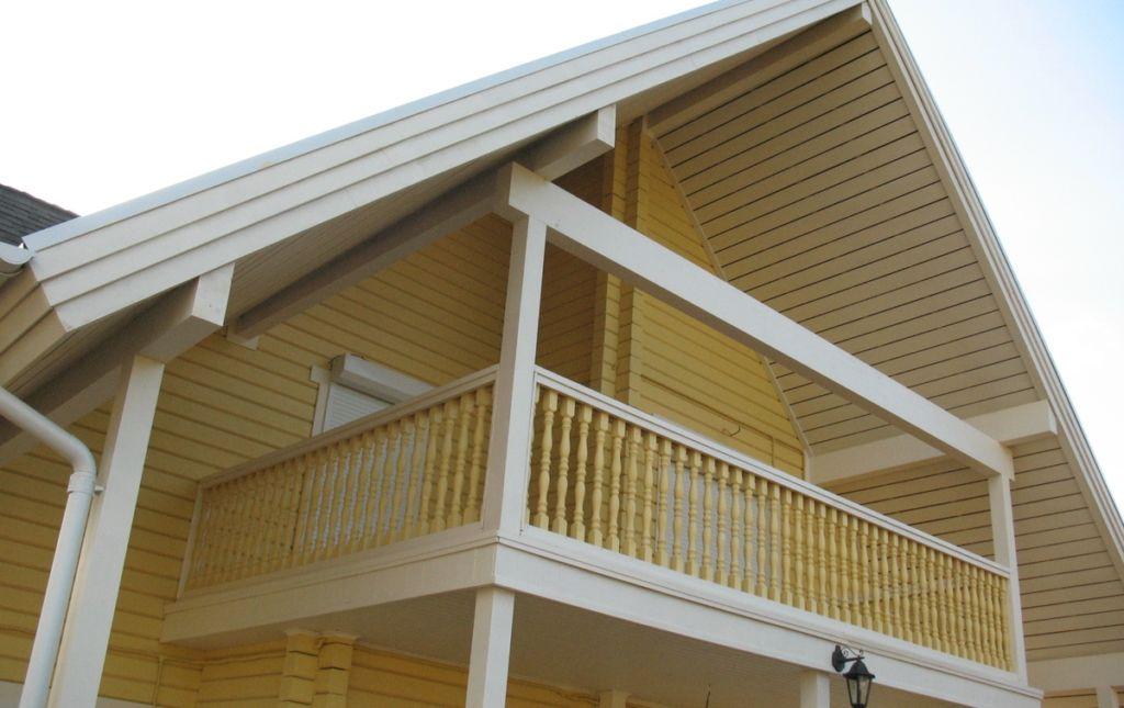 Плюсы и минусы 4 типов конструкций мансарды с балконом