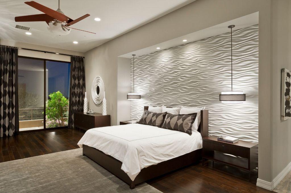 Для создания в спальне романтичного настроя можно установить в ней скрытые источники света