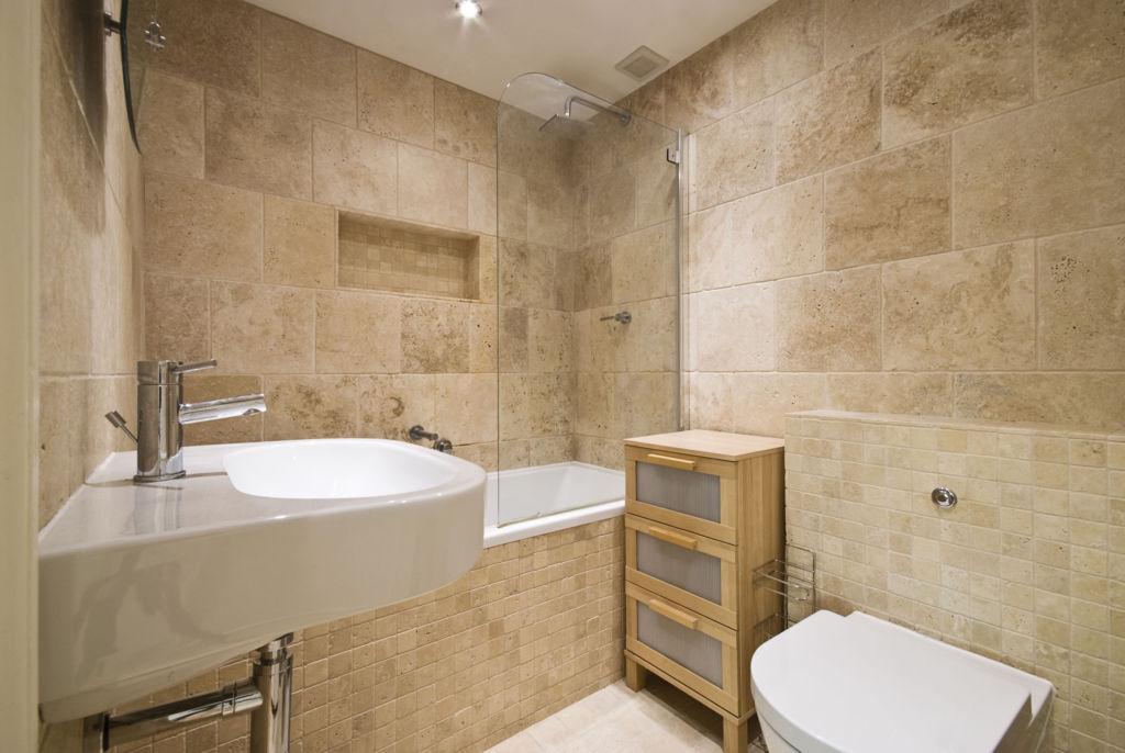 На ванную комнату ложится особая нагрузка, ведь для этого помещения характерна высокая влажность