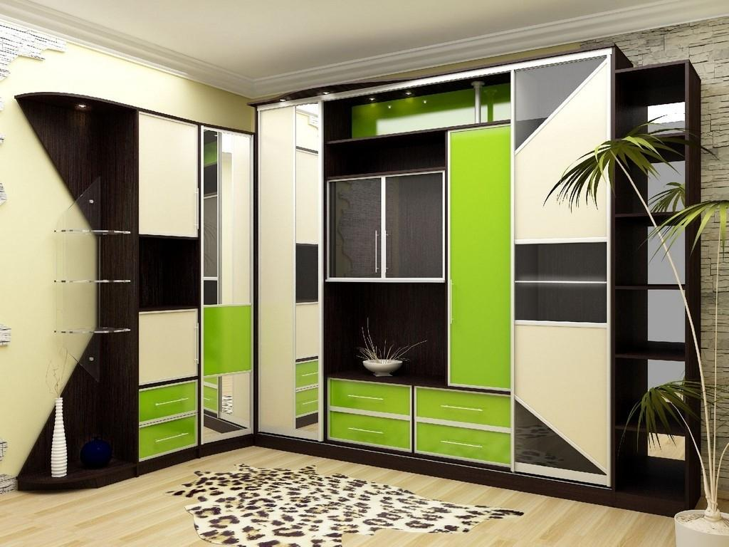 Такая конструкция особенно актуальна для тесных, узких, вытянутых в длину гостиных