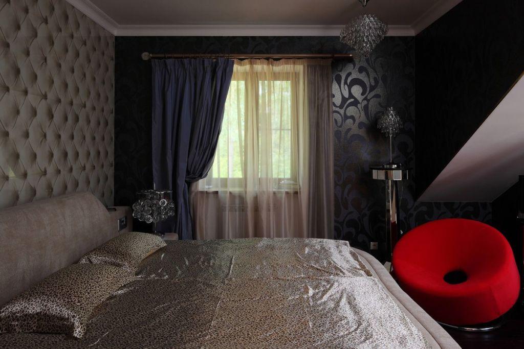 Серые шторы с тюлью в темную спальню