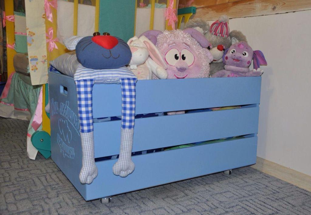 Деревянный ящик для игрушек