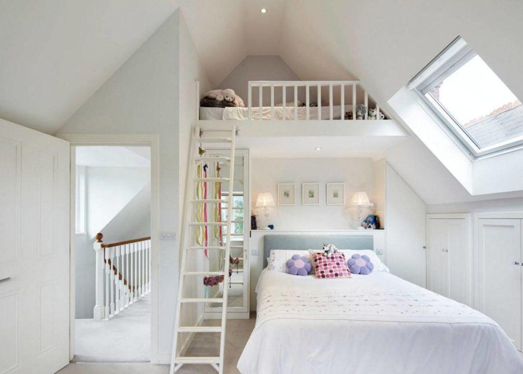 Конечно же, для двоих детей созданы специальные двухъярусные кровати