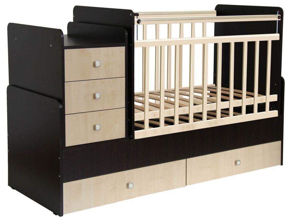 Покупка одного такой кроватки обходится дешевле, чем нескольких отдельных, но функционал от этого не страдает