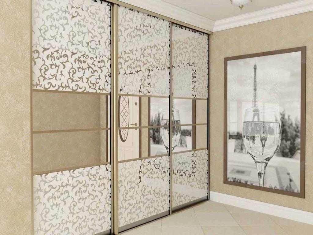 Такие шкафы в основном ставят в коридорах и в маленьких комнатах