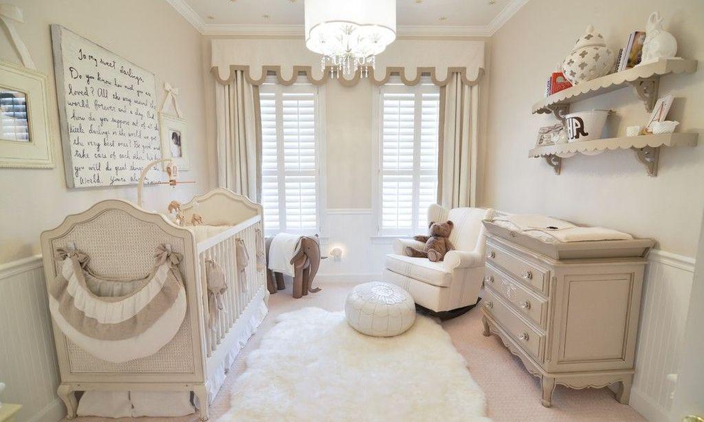Для новорожденного нужно сразу предусмотреть пространство, с помощью которого в будущем будет увеличена кровать