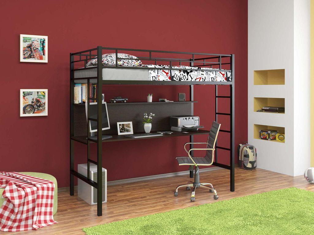 Кровать со столом на первом ярусе позволяет сэкономить место в небольшой комнате