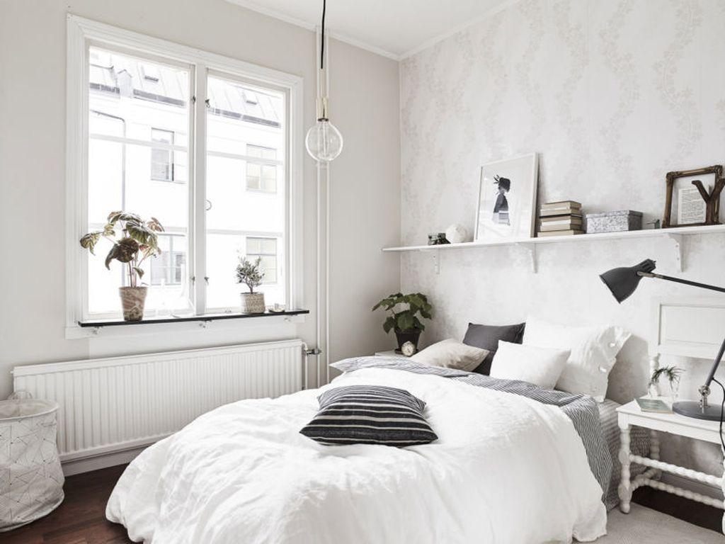 Одним из самых удачных вариантов для небольшой спальни является скандинавский стиль, отличающийся функциональностью и простотой