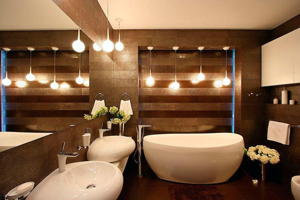 В ванной комнате, так же как и в гостиной лучше сделать разнообразным
