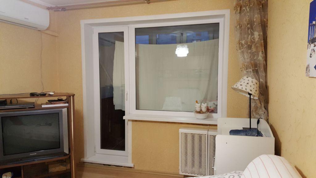 Стандартный балконный блок с глухим окном
