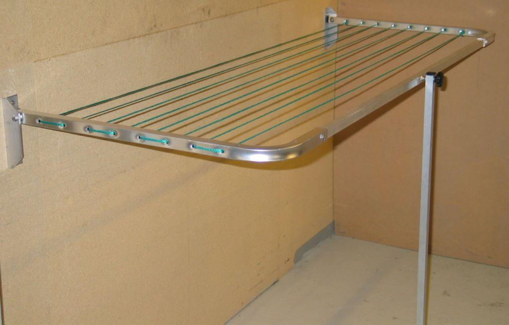 Настенная сушилка на балкон
