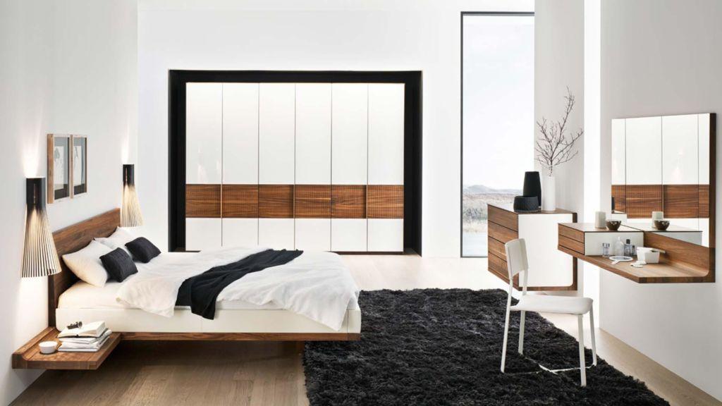 Кровать должна быть максимально простой