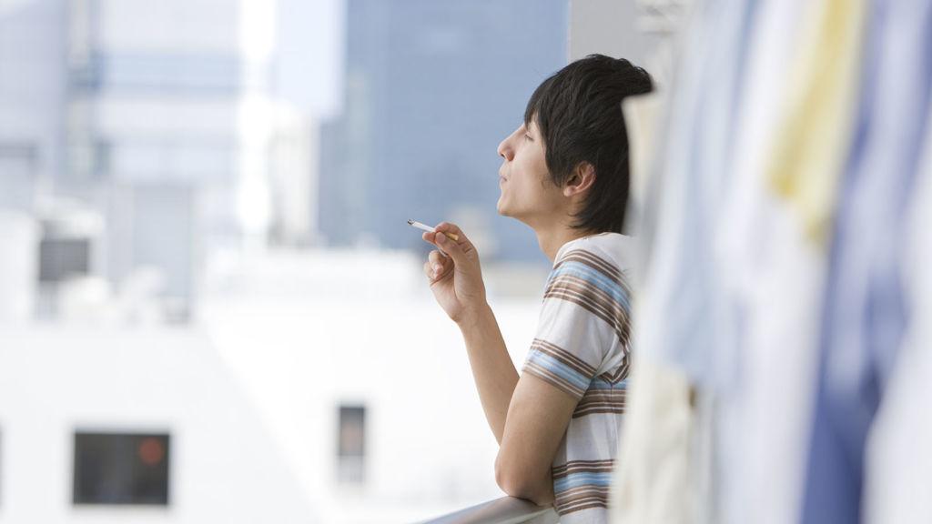 Штраф за курение на балконе жилого дома
