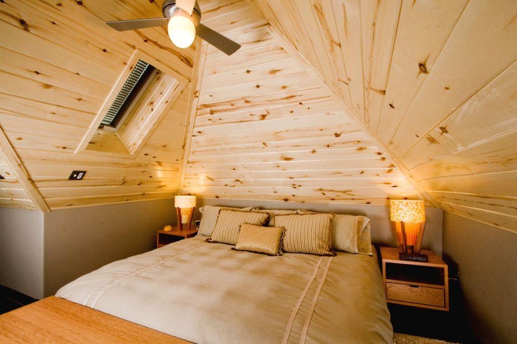 Шатровый вариант как правило предполагает наличие высокого потолка