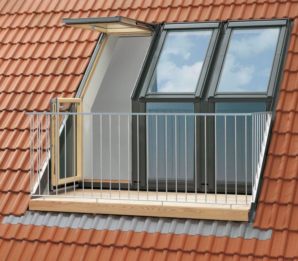 Отличие кровельных балконов в том, что их площадь ограничена размером выреза в крыше