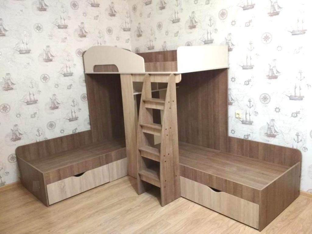 Очень важно подбирать кровати для троих детей, учитывая особенности каждого ребёнка