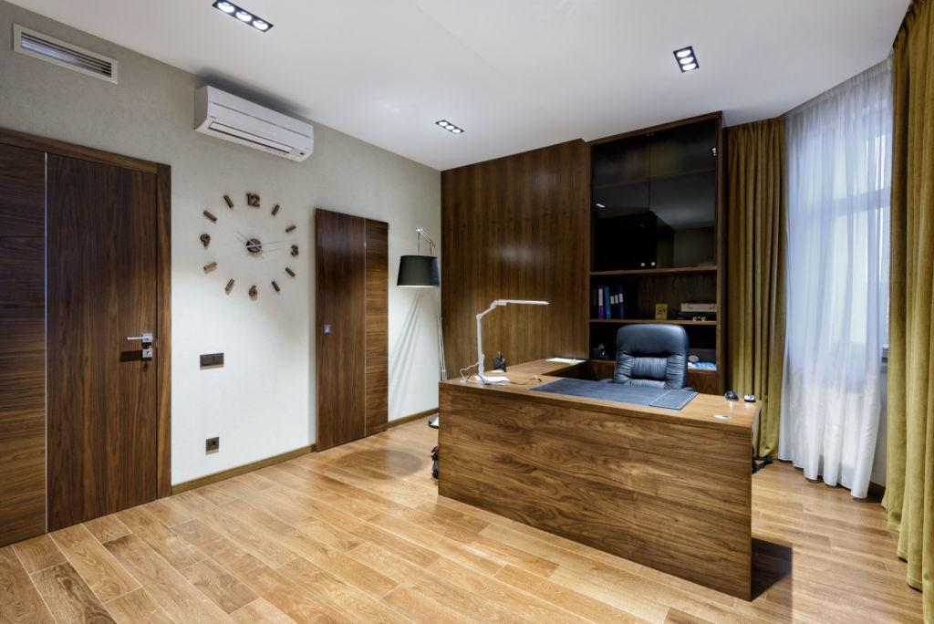 Дизайн большого кабинета в квартире