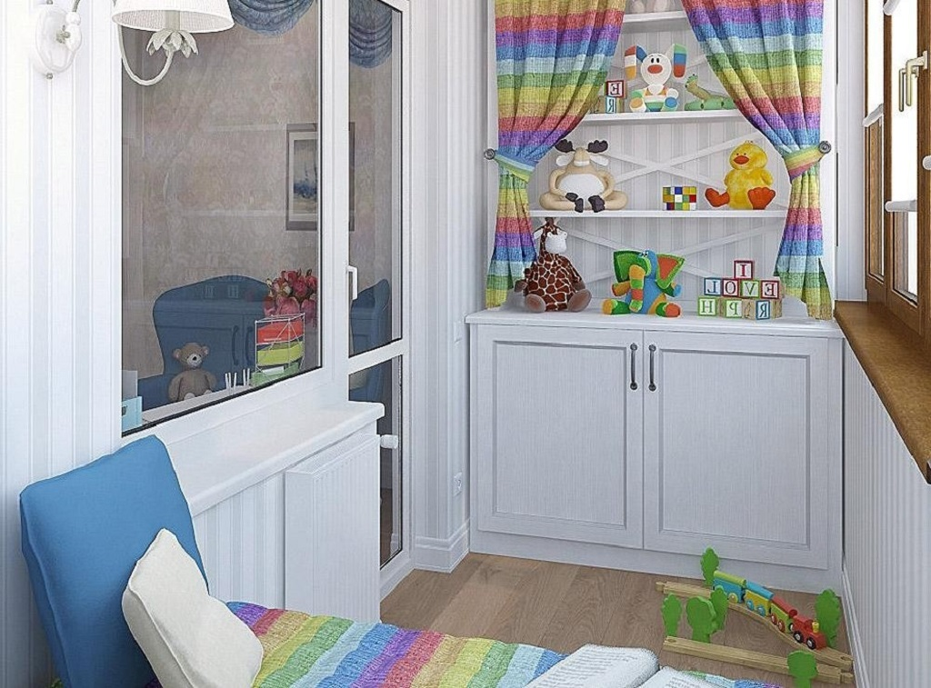 Популярно использовать пространство лоджии как игровую комнату для детей