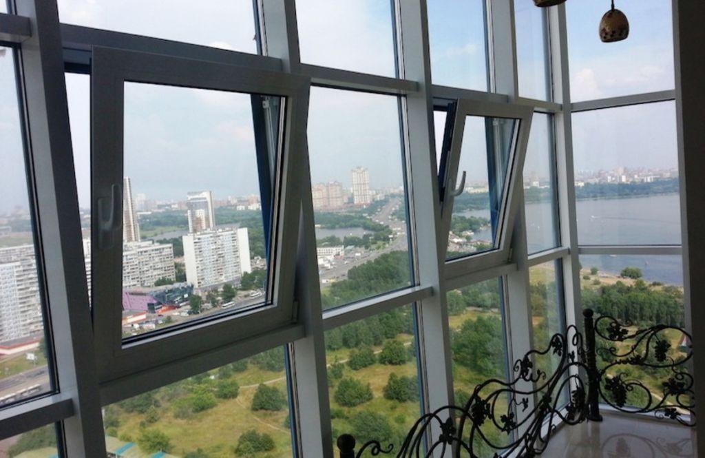 Витражное остекление балкона
