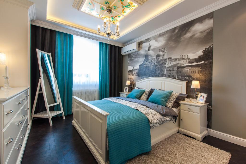Бирюзовый и серый в интерьере спальни