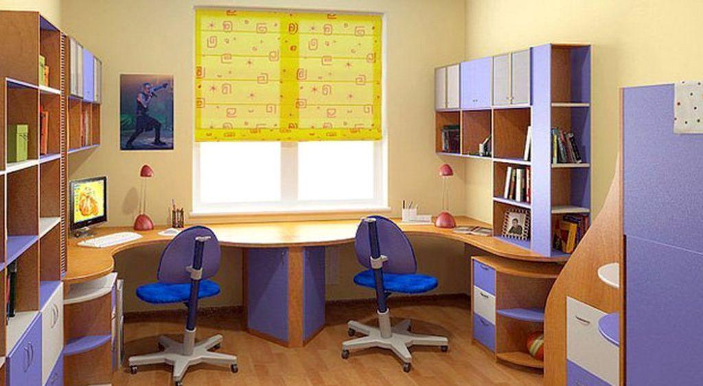 Располагая рабочее место ребенка у окна, обязательно проверьте всю фурнитуру окон на исправность