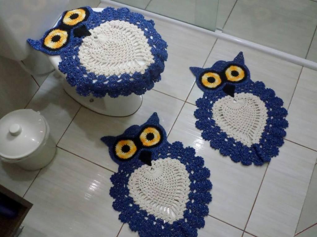 Вязаный коврик для ванной Сова крючком