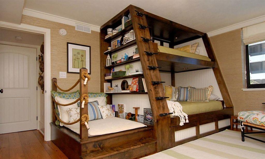 Креативная кровать для троих детей